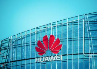 Huawei's Upcoming P11 Might Feature Triple Lens Rear Side Cameras