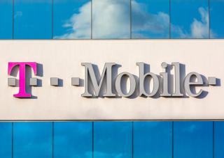 new-t-mobile-un-carrier-1.0-move-november-7-event