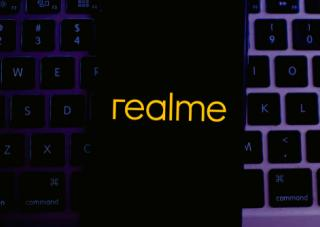 realme-working-on-android-phone-wireless-magnetic-charging