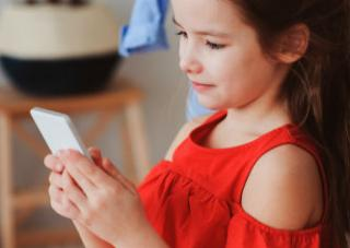 Verizon rebrands its FamilyBase app as Verizon Smart Family