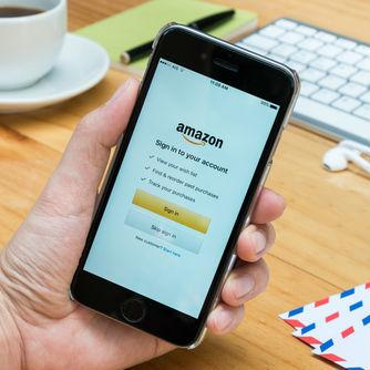Amazon's App For iOS Now Has Shoppable Stickers