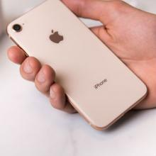 Are more consumers purchasing the iPhone 8 now than the iPhone X?