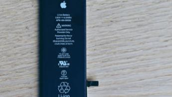 Apple promising $50 credit for some out-of-warranty iPhone battery purchases