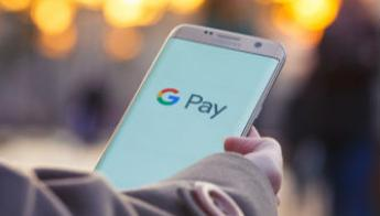 Google Pay now has peer-to-peer payments and mobile ticketing